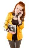 Junge Geschäftsfrau niedergedrückt durch Cybersucht Lizenzfreie Stockbilder