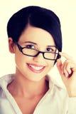 Junge Geschäftsfrau oder Kursteilnehmer in der eleganten Kleidung Lizenzfreies Stockbild