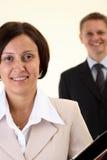 Junge Geschäftsfrau und Geschäftsmann Lizenzfreie Stockbilder