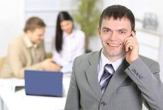 Junge Geschäftsmannunterhaltung Stockbild