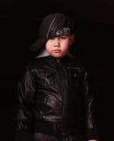 Junge im Bild eines Gangsterrappers Stockbild
