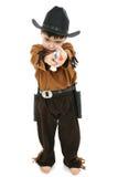 Junge im Cowboy-Polizeichef-Kostüm Lizenzfreies Stockfoto