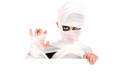 Junge im Halloween-Mamakostüm Lizenzfreies Stockfoto