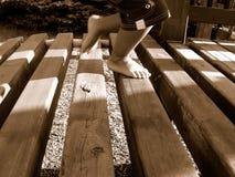 Junge im Spielplatz Lizenzfreie Stockfotos
