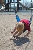 Junge im Spielplatz Stockfotografie
