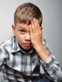Junge im Studio Stockbilder