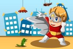 Junge im Superheldkostüm Lizenzfreies Stockfoto