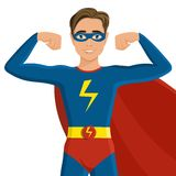Junge im Superheldkostüm Lizenzfreie Stockfotos