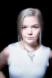 Junge kaukasische Frau Relateable Lizenzfreie Stockfotografie