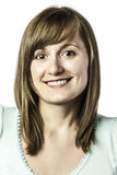 Junge lachende Frau des Porträts Lizenzfreie Stockfotos