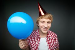 Junge mit Ballon Lizenzfreie Stockbilder