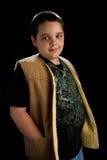 Junge mit brauner Weste Lizenzfreies Stockfoto