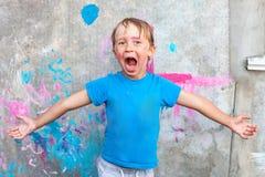 Junge mit einem gemalten Gesicht Lizenzfreie Stockbilder