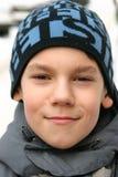 Junge mit einem Lächeln stockfoto
