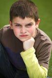 Junge mit Fluglage Lizenzfreies Stockfoto