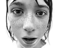 Junge mit Freckles stockbild