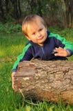 Junge mit Kabel Lizenzfreie Stockfotos