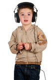 Junge mit Kopfhörern Stockfoto