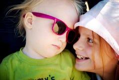 Junge mit Mädchen Stockfotografie