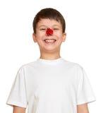 Junge mit Marienkäfer auf Nase machen Gesichter, Jugendlichspaß-Porträtnahaufnahme Lizenzfreie Stockfotografie