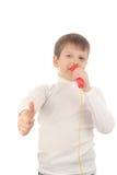 Junge mit Mikrofon Lizenzfreie Stockfotografie