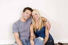 Junge Paare lizenzfreies stockfoto