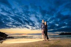 Junge Paare in Costa Adeje Stockbild