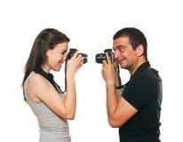 Junge Paare, die sich fotografieren Stockbild