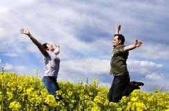 Junge Paare, die Spaß haben Lizenzfreies Stockbild