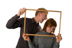 Junge Paare, die Tricks aufwerfen und spielen Lizenzfreie Stockfotos