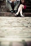 Junge Paare niedrig Stockfoto