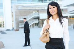 Junge-recht asiatische Geschäftsfrau stockbild