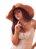 Junge reizvolle Frau im Weinlesehut getrennt Lizenzfreie Stockbilder