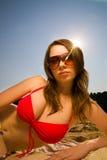 Junge schöne Frau lizenzfreie stockfotos
