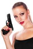 Junge schöne Frau mit Gewehr Lizenzfreie Stockbilder