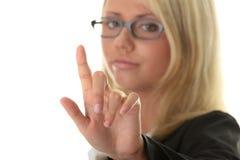 Junge schöne Geschäftsfrau, die choise bildet Lizenzfreies Stockbild