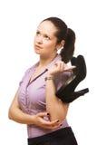Junge schöne Geschäftsfrau-Holdingschuhe Stockbilder
