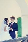 Junge schöne Paare, abgetönt lizenzfreies stockfoto