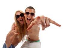Junge schreiende Paare Stockfoto