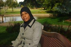 Junge schwarze moslemische Frau Stockbild