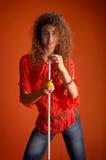 Junge sinnliche Frau mit Marke lizenzfreies stockfoto