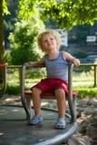 Junge am Spielplatz Lizenzfreies Stockfoto