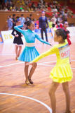 Junge Tänzer, die dem 18. Wettbewerb Guangdongs Dancespots Chamionship sich anschließen Lizenzfreie Stockfotos