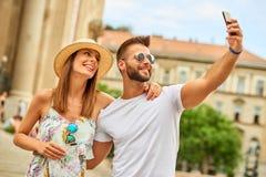 Junge touristische Paare Stockbilder