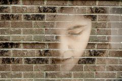 Junge traurige Frau niedergedrückt Lizenzfreies Stockbild