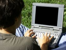 Junge und laptop#2 stockbild