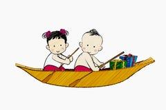 Junge und Mädchen auf dem Boot Stockbilder
