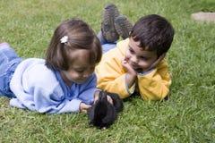 Junge und Mädchen Stockbilder