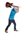 Junge wütend an der Gitarre. Lizenzfreies Stockfoto