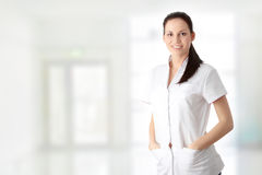 Jungekrankenschwester oder Fraudoktor lizenzfreies stockbild